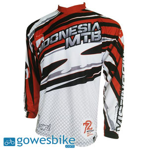 Download Mockup Jersey Sepeda Lengan Panjang | Download Free and ...