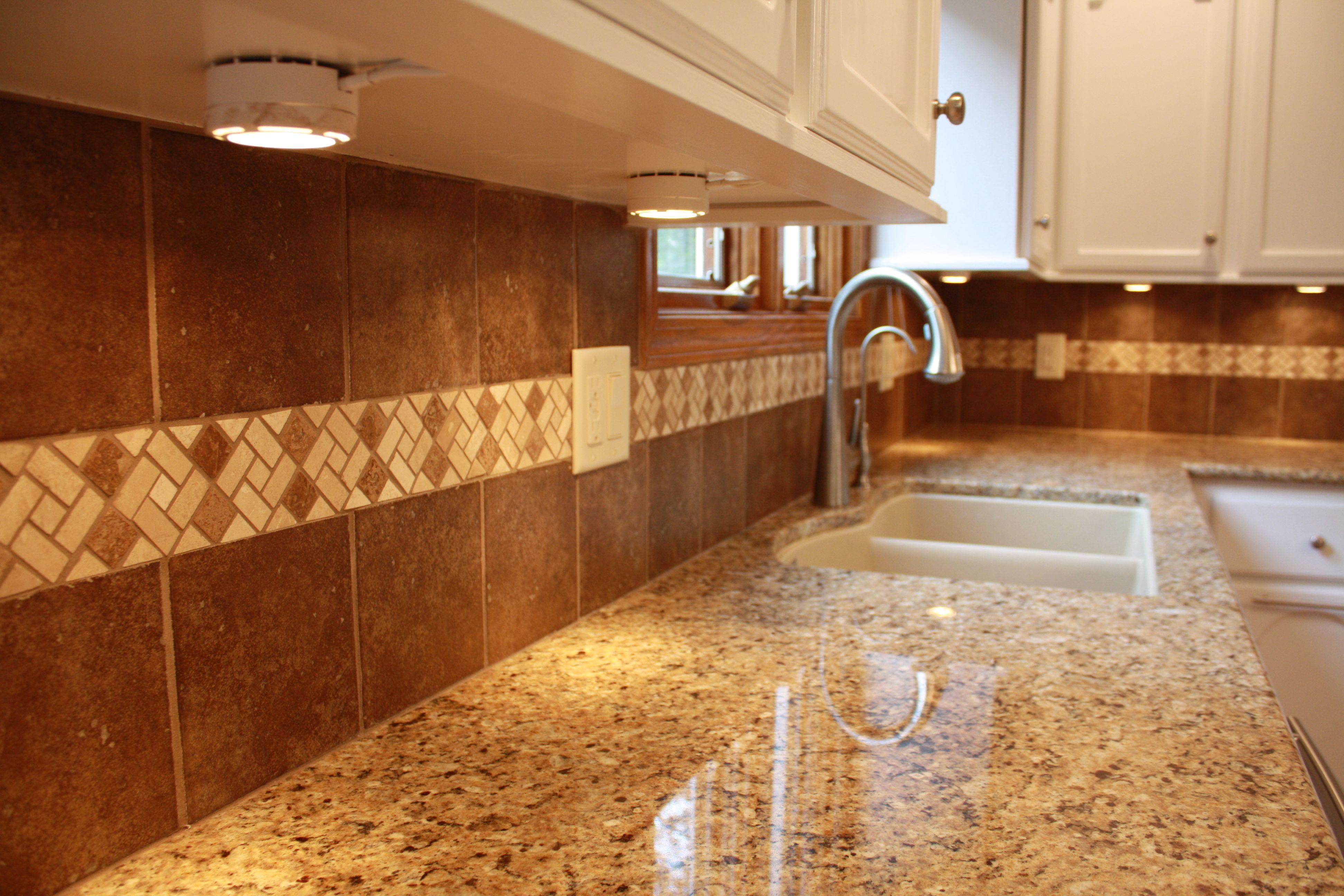 Azas Brown Samara 6x6 Tile With Azteca Mocha Canyon Ridge