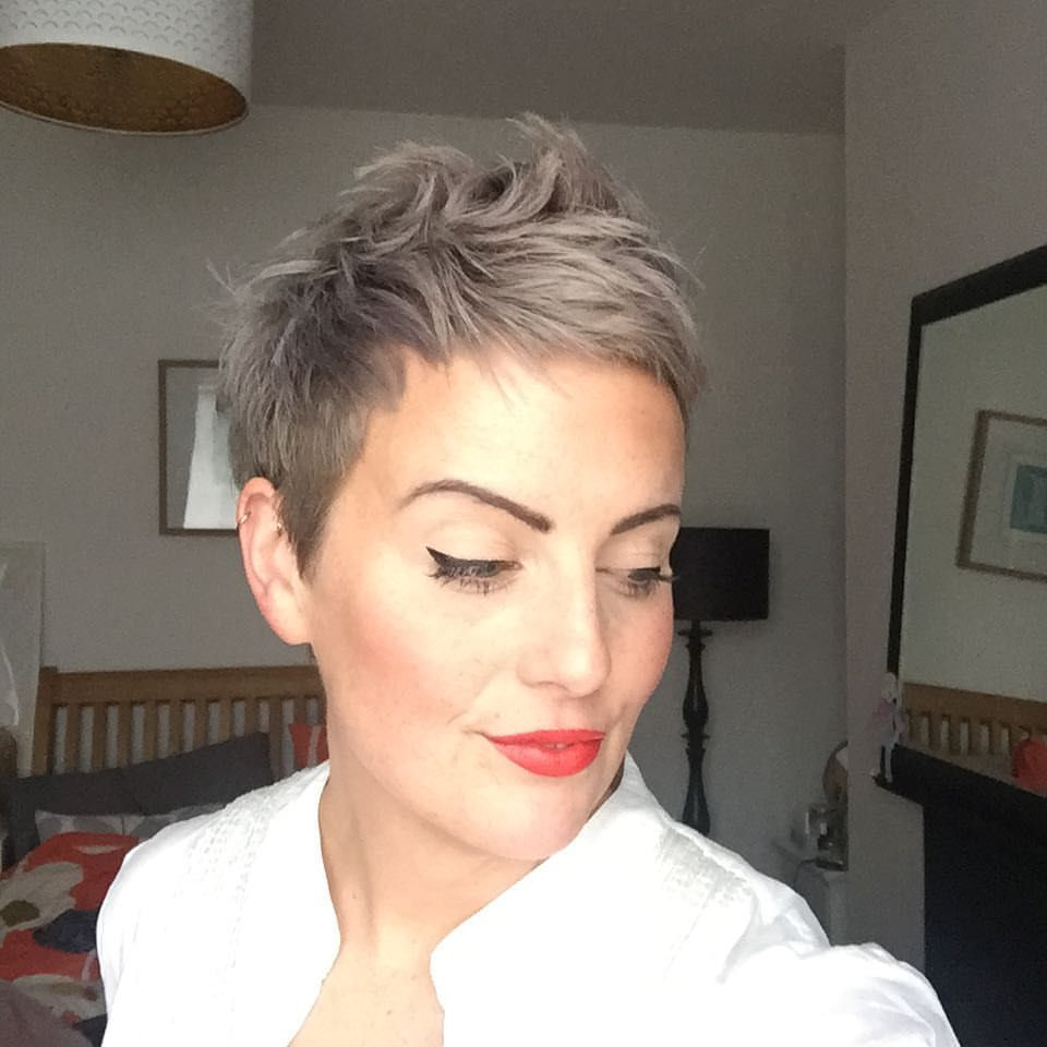 """Photo of Alice on Instagram: """"Fresh cut, eye flicks and red lips 💋 // So much natural showing through … time to go platinum, I think! #shorthair #pixie # pixiecut… """""""