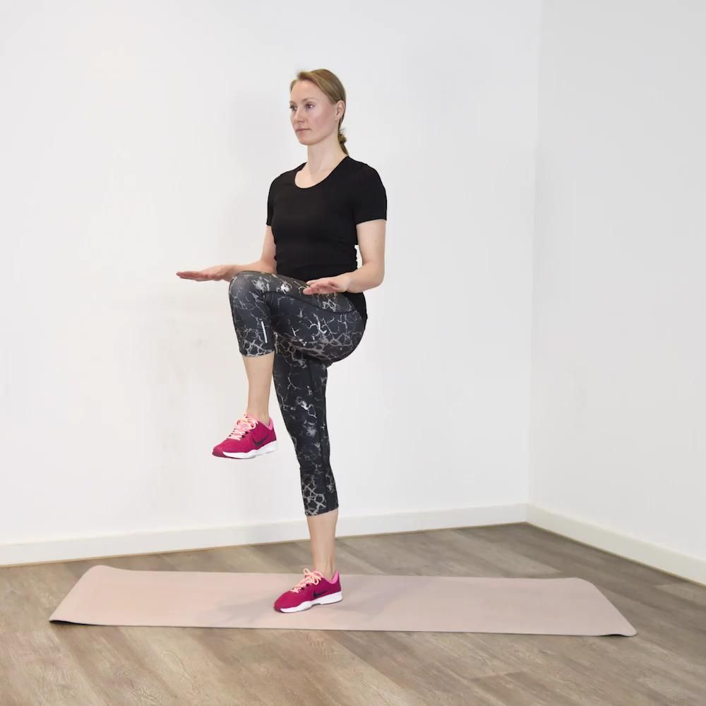 3-Minuten Express-Workout: Schlanke Beine Unsere Redakteurin Alexandra Link zeigt euch ein schnelles...