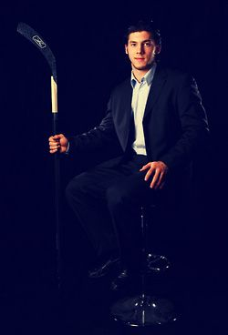 Pin By Lindsey Garland On I Love Hockey Hot Hockey Players Pittsburgh Sports Pittsburgh Penguins Hockey