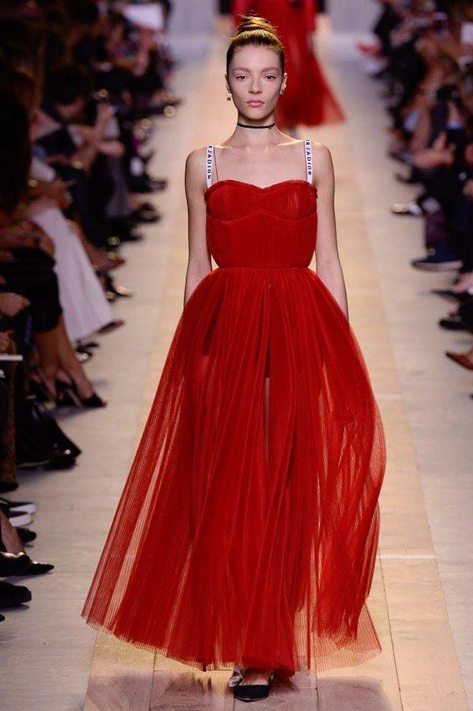 c3ea842448 Christian Dior Spring 2017 Ready-to-Wear Collection Photos - Vogue
