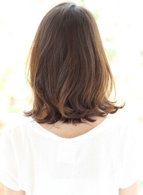 ミディアム 外ハネokなロブ Za Za Aoyamaの髪型 ヘアスタイル ヘア