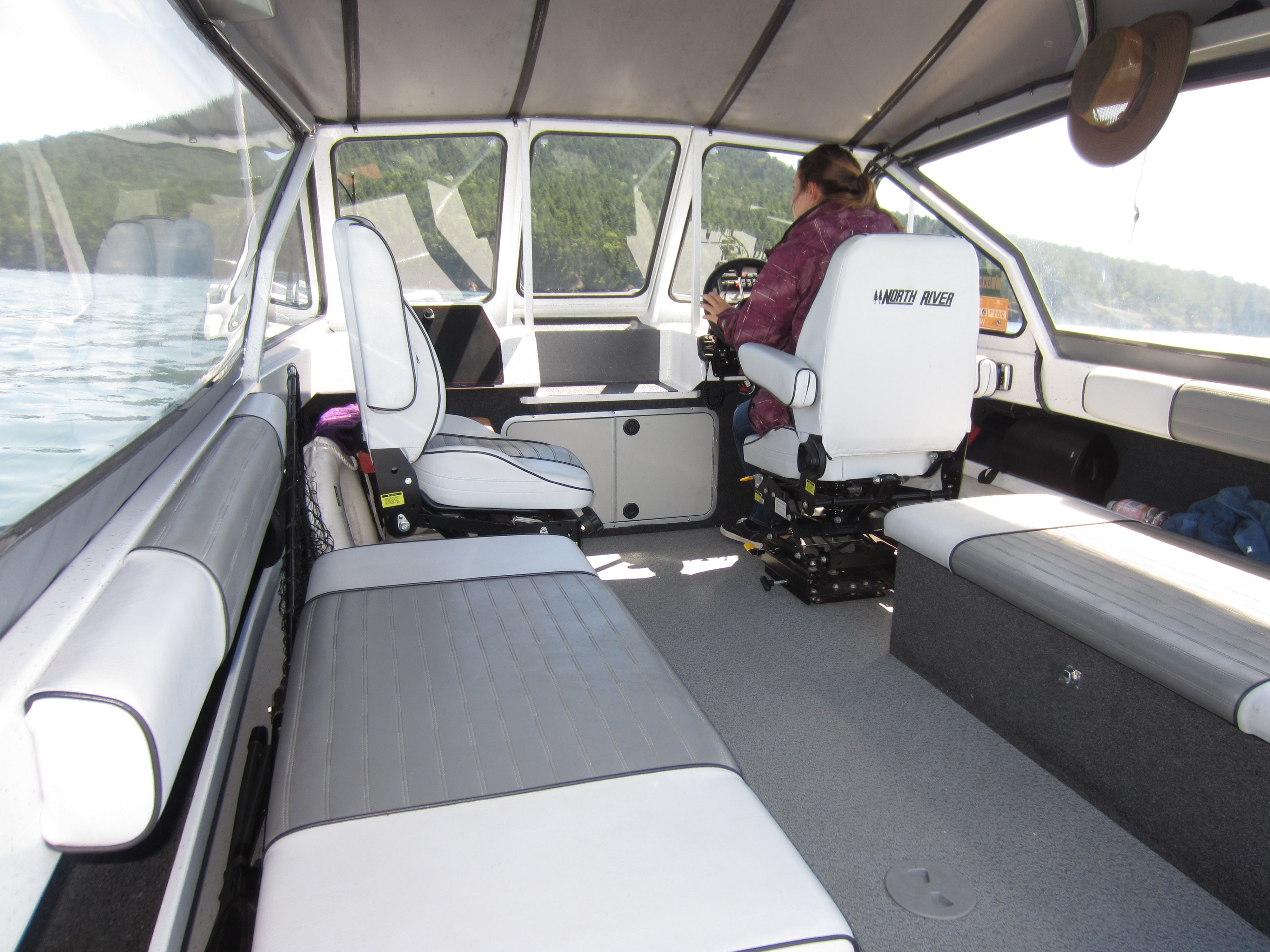 Another Shot Of The Spacious Seating Area North River Seahawk Hewes Boat Wiring Diagram Fishing