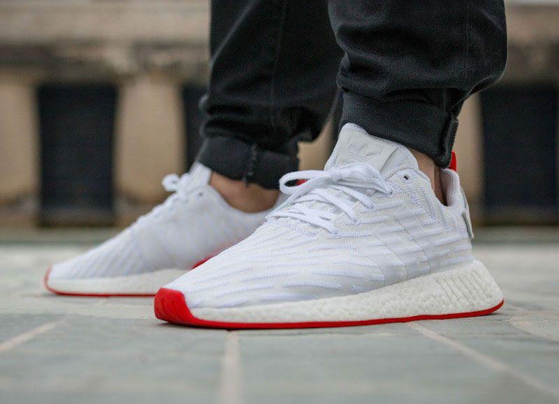 adidas originali nmd r2 primeknit scarpe per donne e uomini bianchi