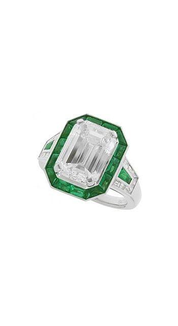 Bvlgari High Jewelry ring.