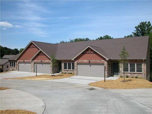 Walnut Ridge Patio Homes// Sugar Maple Circle Washington, PA 15301// Located