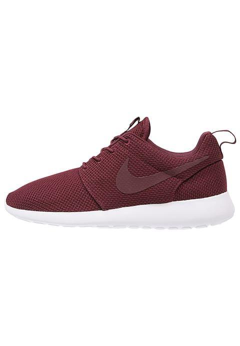 buy popular 30dc9 a1459 Chaussures Nike Sportswear ROSHE ONE - Baskets basses - night maroonwhite  bordeaux 90,00 € chez Zalando (au 010117). Livraison et retours gratuits  et ...