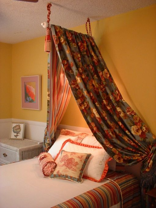 Canopy hang a curtain rod from the ceiling and then - What to hang over bed ...