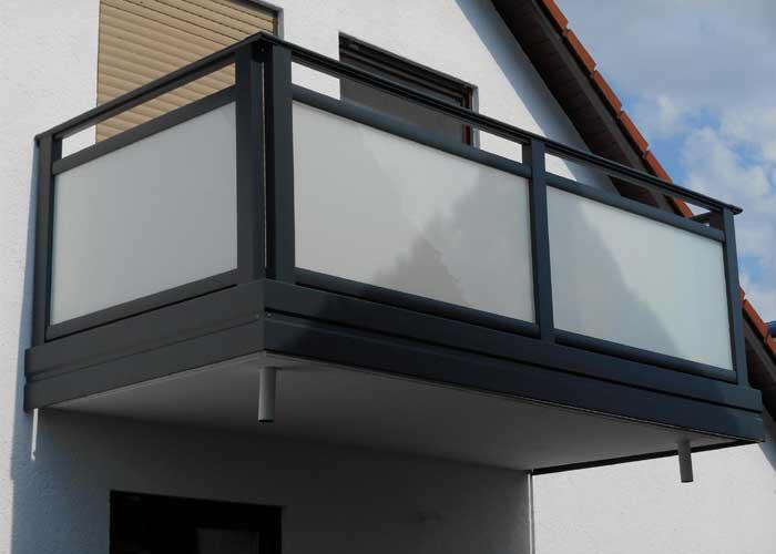 ALU Design   Vitro – LEEB Balkone und Zäune