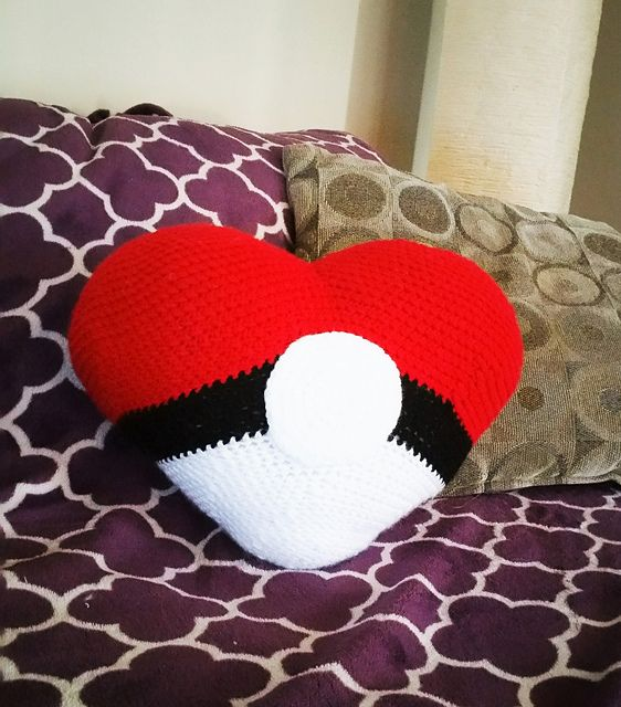 Ravelry: Poke Heart Pillow pattern by Samantha Colbert | gaming ...