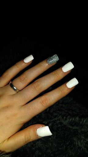 Home Blend Of Bites Fake Acrylic Nails Gold Acrylic Nails White And Silver Nails