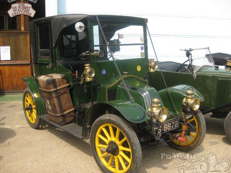Renault AG1 Taxi de la Marne 1910 for sale | CARCACHITAS | Pinterest ...