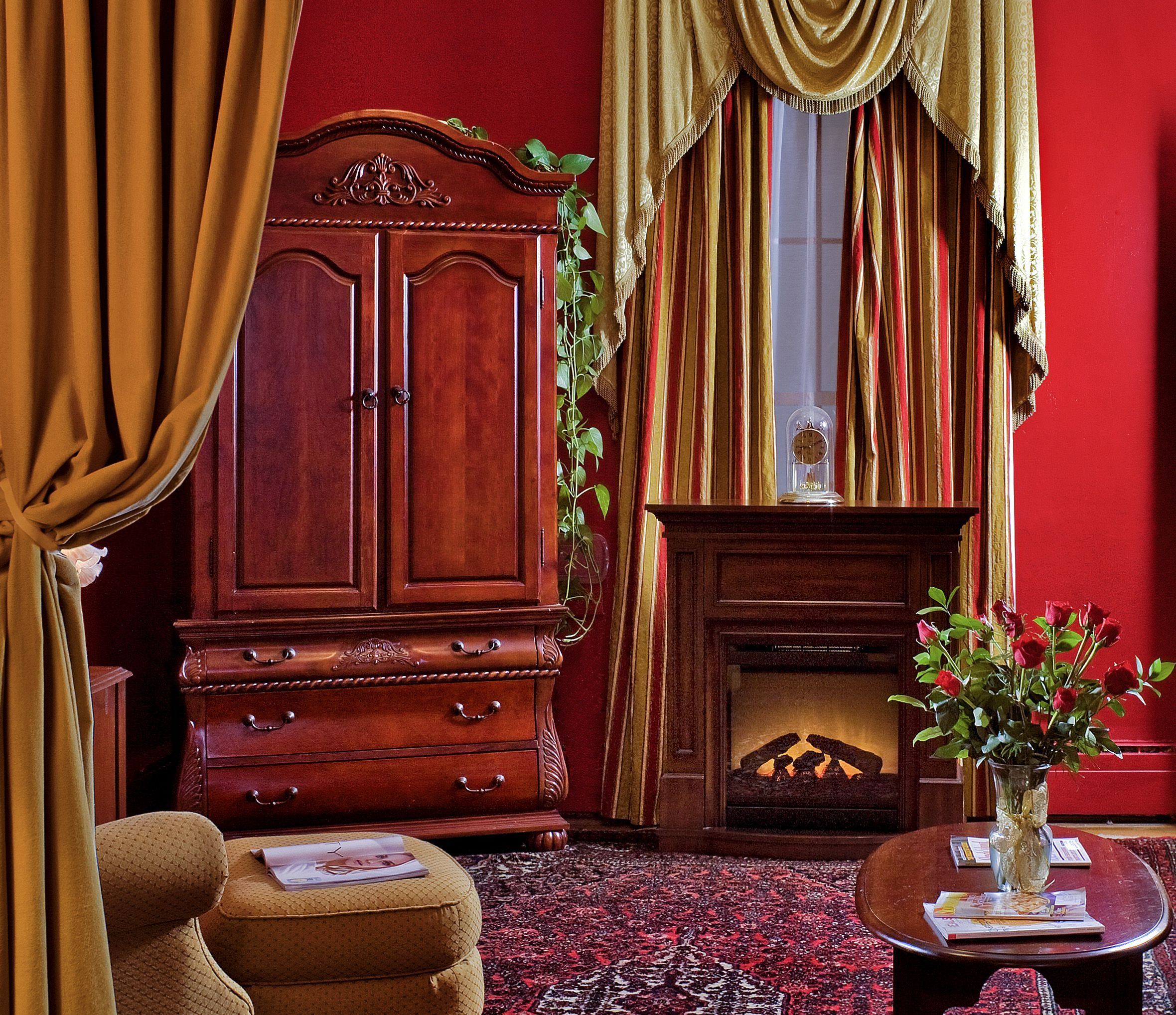 Victorian Red Bedroom Interior Design  Victorian  Vintage Appeal