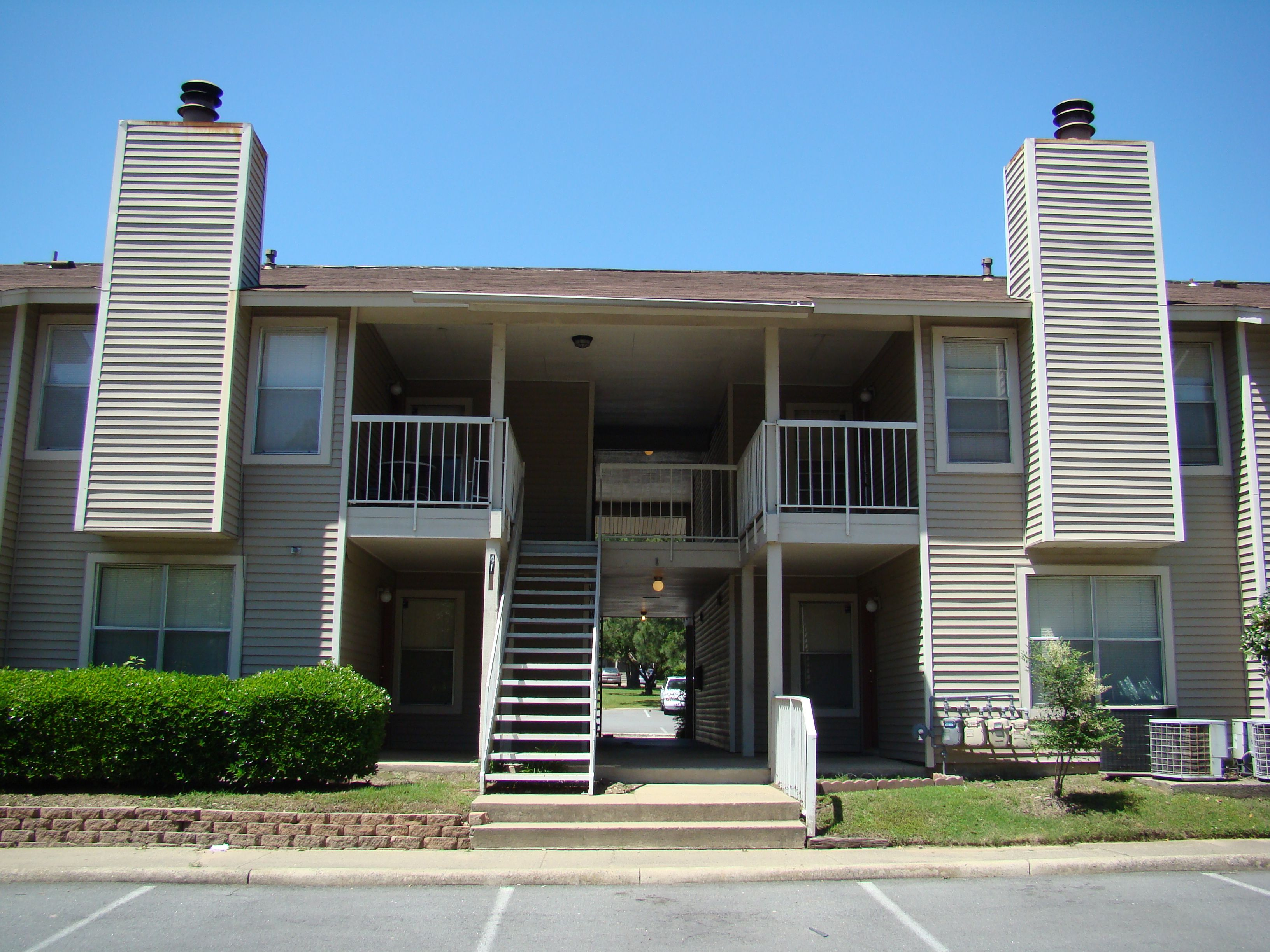 Overbrook Apartment Homes North Little Rock Ar Www Overbrookapthome Com Apartment Home Outdoor Decor