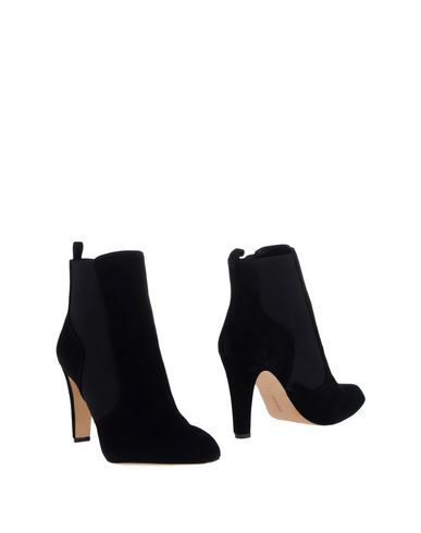 VINCE CAMUTO Women's Ankle boots Black 6.5 US