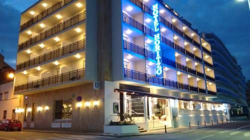 Hotel Horitzó & Spa Blanes The Horitzó design hotel in Blanes has great views of the Mediterranean and direct access to S'Abanell Beach. It has free Wi-Fi and a free gym.  The large rooms have a private terrace or balcony, air conditioning, telephone and flat-screen TV.