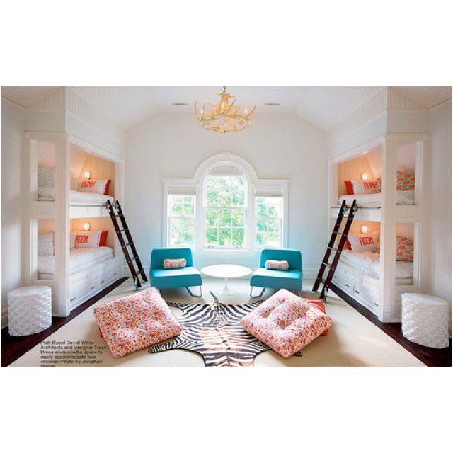 Beautiful (4 Kids') shared bedroom!!!
