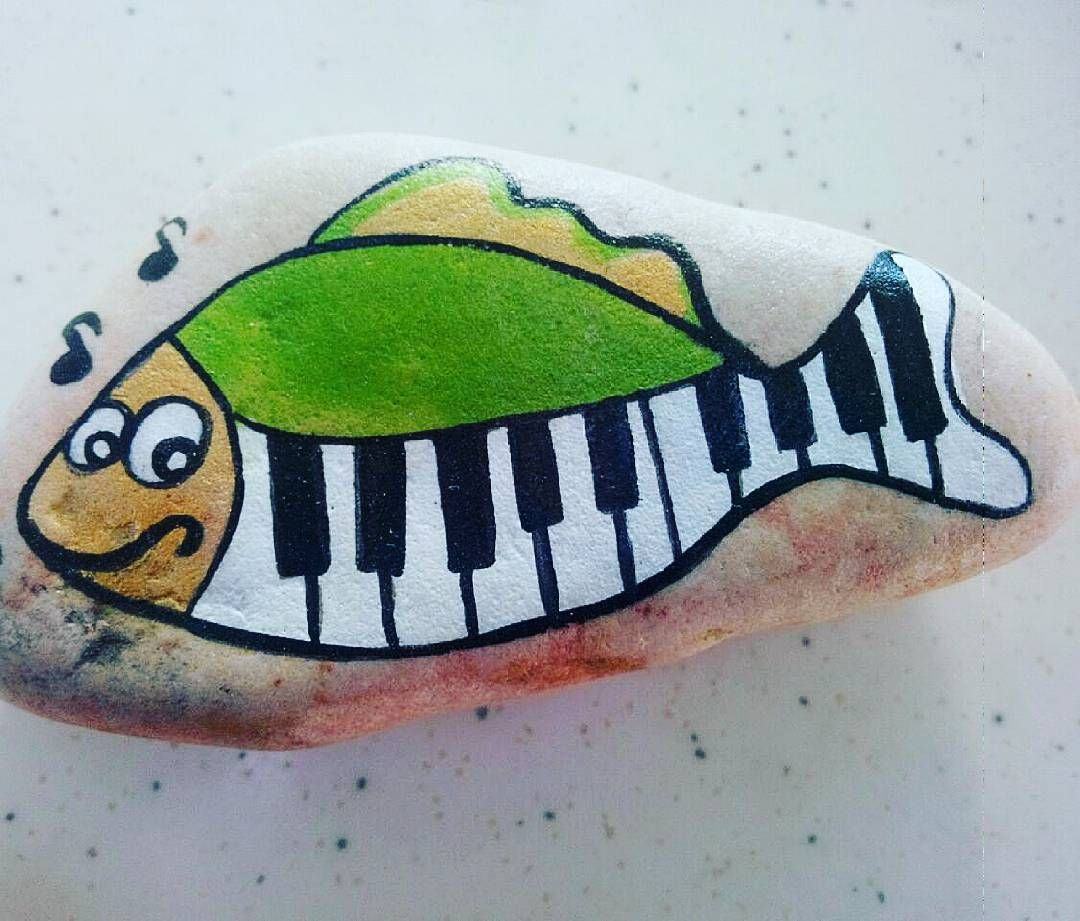 Taş Boyama (@paintingstone) • Instagram photos and videos...cute musical fish!