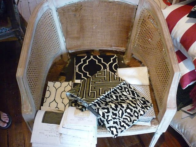 very similar to my cane back chair and rocker that I want to upcycle