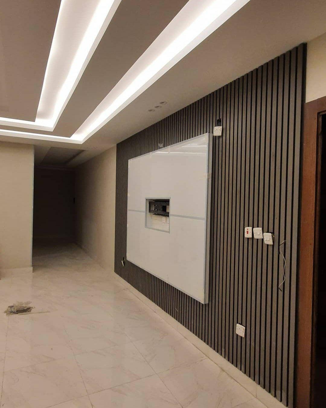 ديكور تلفار ديكور خلف تلفزيون ديكورات خلفية تلفزيون خلفية تلفزيون خشب ديكور بيتك ديكور داخلي House Ceiling Design Ceiling Design Modern Entrance Hall Decor
