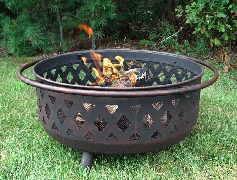 Measures 36 X 36 X 24 Inches Overall 24 Inch Includes Screen Height 16 Inch Tall Without Screen Fire Bowl Is 31 I Iron Fire Pit Fire Pit Fire Pit Backyard