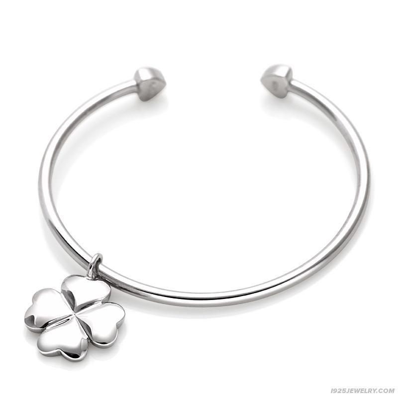 Fourleaved clover pendant female sterling silver bangle