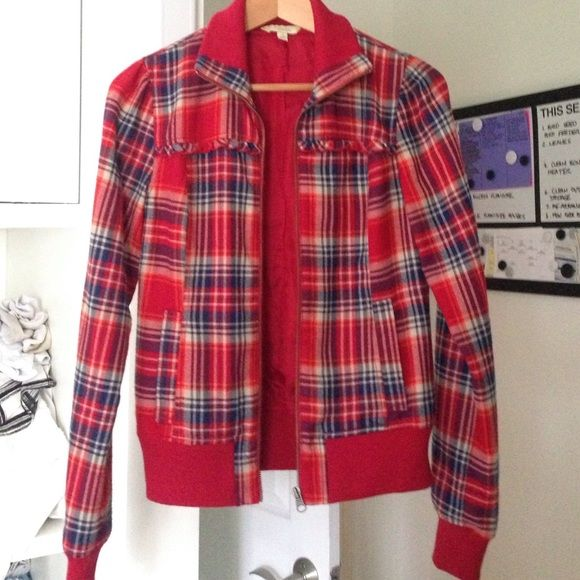 Adorable lined plaid jacket Rubbish plaid jacket made of polyester and Rayon. Cute ruffle detail along chest. Front pockets. In perfect condition. Nice and warm. Will include small surprise gift with purchase!! Rubbish Jackets & Coats Utility Jackets