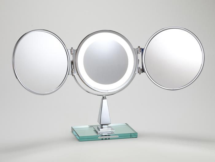 Triple Vanity Lighted Mirror With Varying Magnification And Optical Quality  Glass. It Truly Doesnu0027