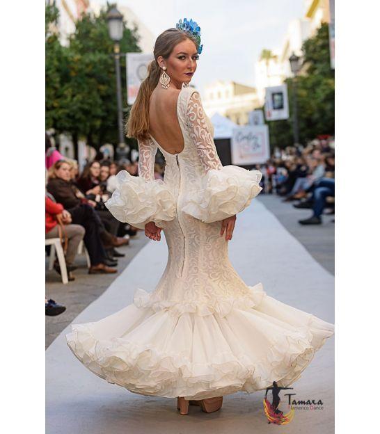 De última generación peinados para trajes de flamenca 2021 Imagen de cortes de pelo estilo - Talla 38 - Carla (Igual foto) en 2021   Vestidos de ...
