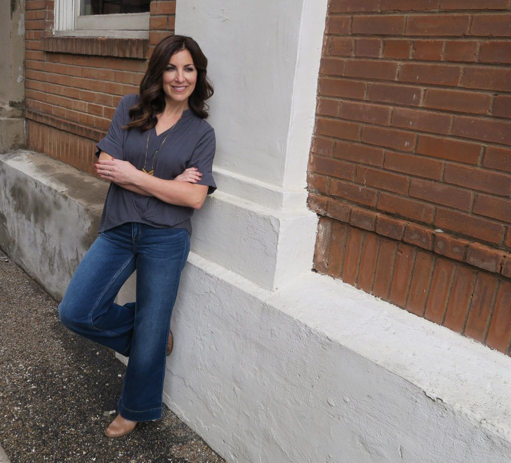 Channeling My Inner Joanna Gaines With Wide Leg Jeans Look Great With Birkentocks Boots Wedges And He Wide Leg Jeans Influencers Fashion Autumn Fashion 2018