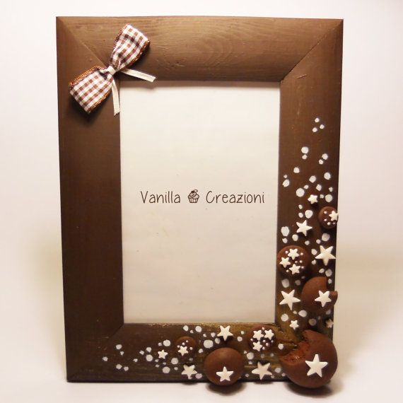 wooden picture frame with sweet polymer clay decorations. Black Bedroom Furniture Sets. Home Design Ideas