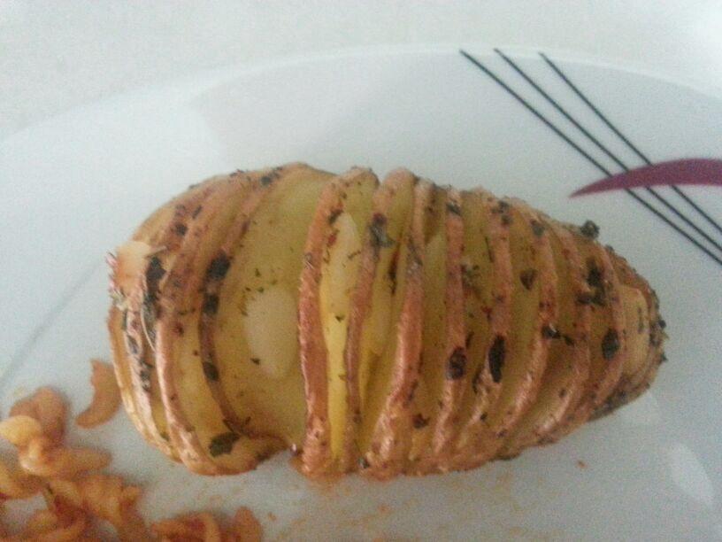 Fırında kekikli patates...