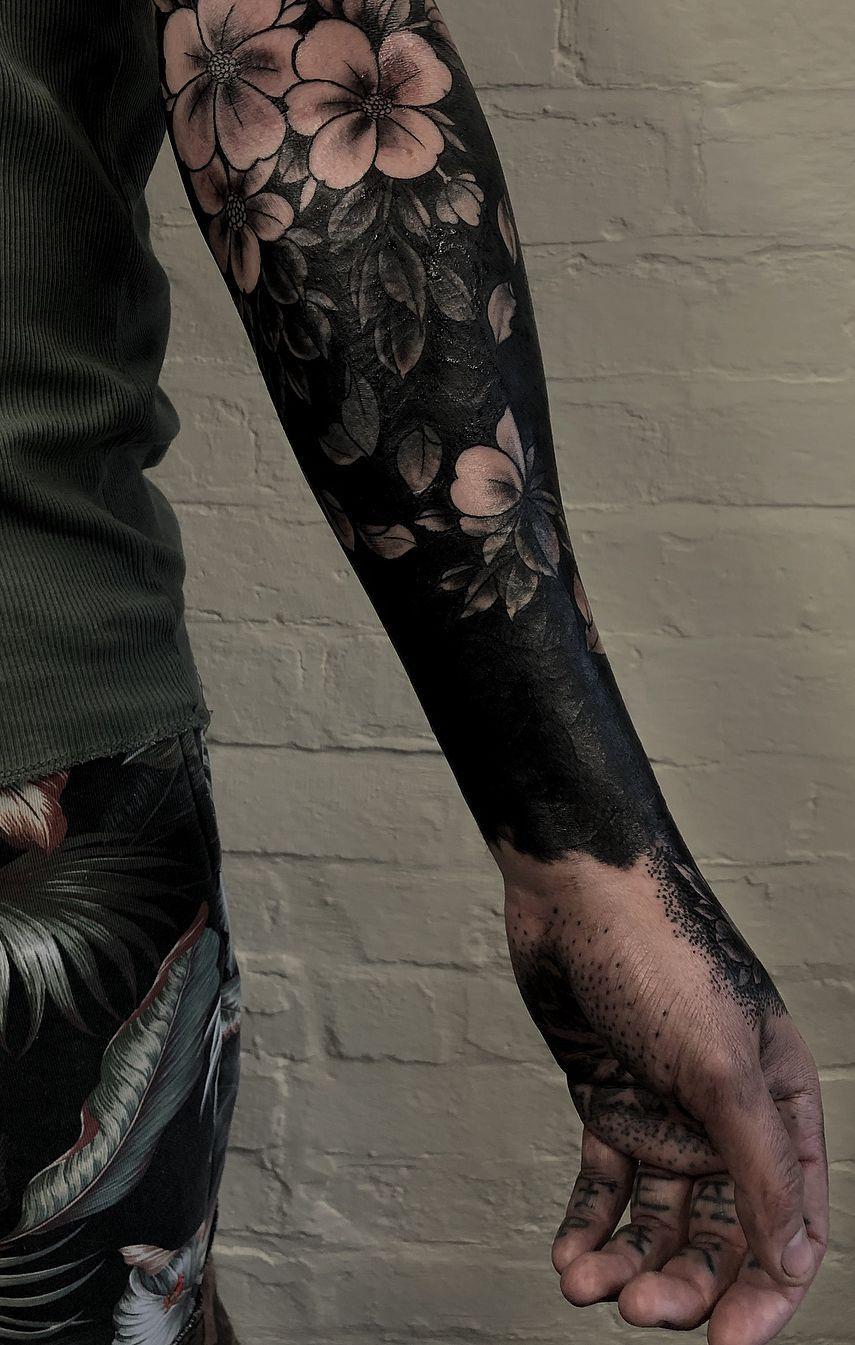 Photo of Estos llamativos tatuajes negros sólidos te harán querer ir todo adentro …