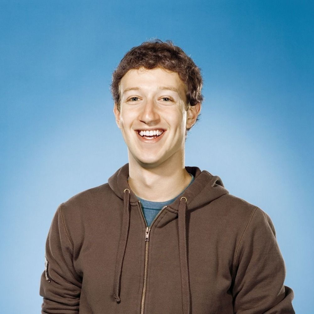 Long Before Facebook Founder Mark Zuckerberg Launched The Social Media Website That Made Him Rich And Changed How We Inter Mark Zuckerberg Zuckerberg Net Worth