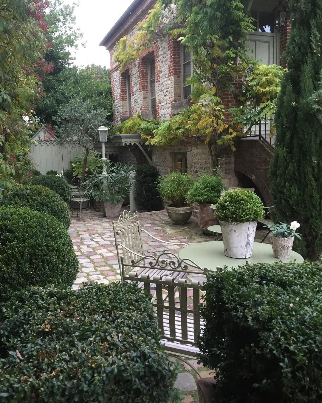 Elaxing Courtyard In Honfleur Visited A While Back Garden Design