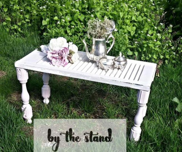 Wondering what to do with an old shutter other than make it a display? check out this home decor on a budget idea and turn it into a coffee or side table for your dining room. Add some rustic decor to your bedroom and use it as a nightstand. #Shabbychic #repurpose #decor