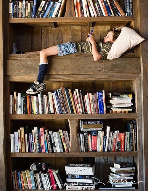 this would have been my favorite spot if I had this growing up!