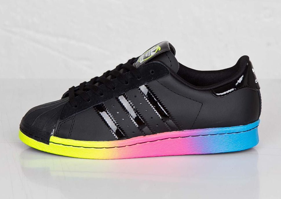 adidas Superstar Mens C77124 White Black Gold Shell Toe Shoes