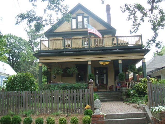 Real Estate And Homes For Sale Craftsman Bungalows Historic Homes For Sale Historic Homes