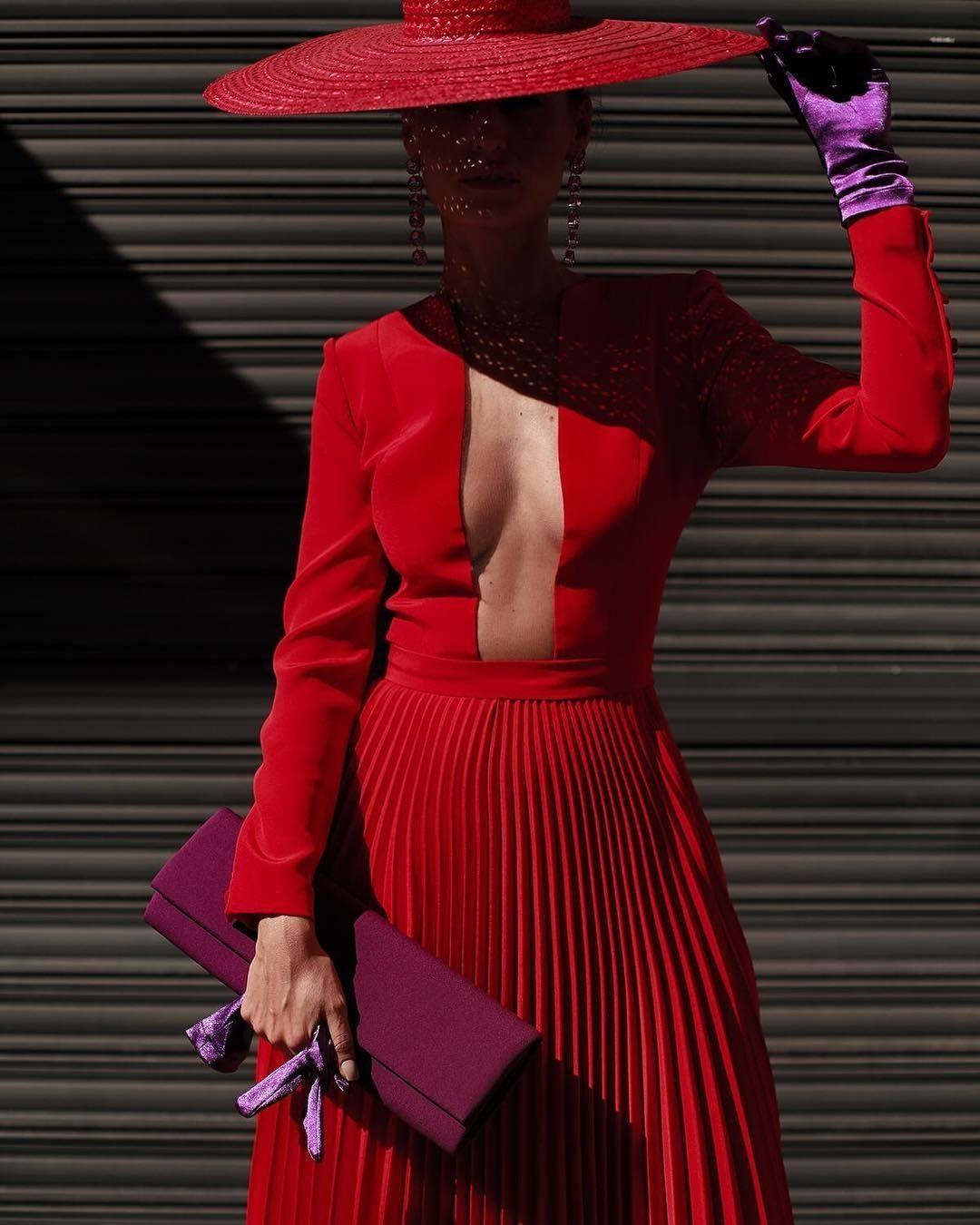 Pipaporras Preciosa Con Vestidazo De Fernandoclarocouture Andrewjim Fernandoclarocouture Hautecouture Fashion Fashion Outfits Classy Outfits