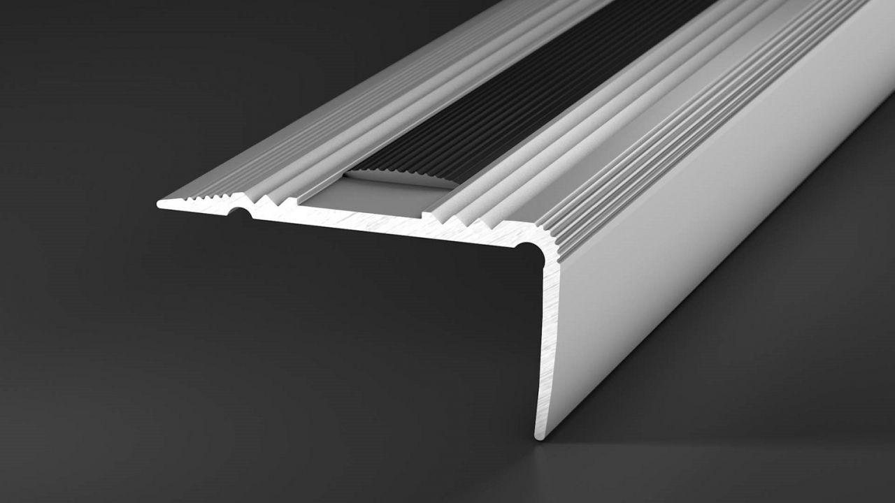 Treppenkantenprofil Alu Mit Gleitschutzeinlage Silber 100 Cm Treppe Treppenstufen Designbelag