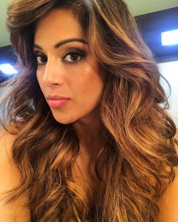 Check Out Bipasha Basu S Blonde New Look With Images Ombre
