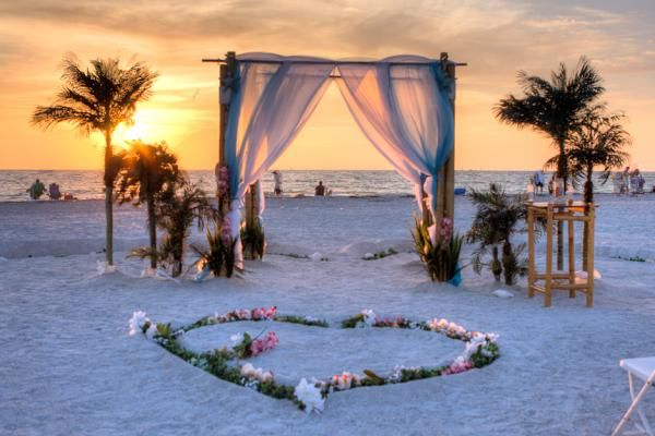 Plan Your Florida Beach Wedding On Sand Key Park Separated From Clearwater By P It Occupies 95 Acres Of The Northern End