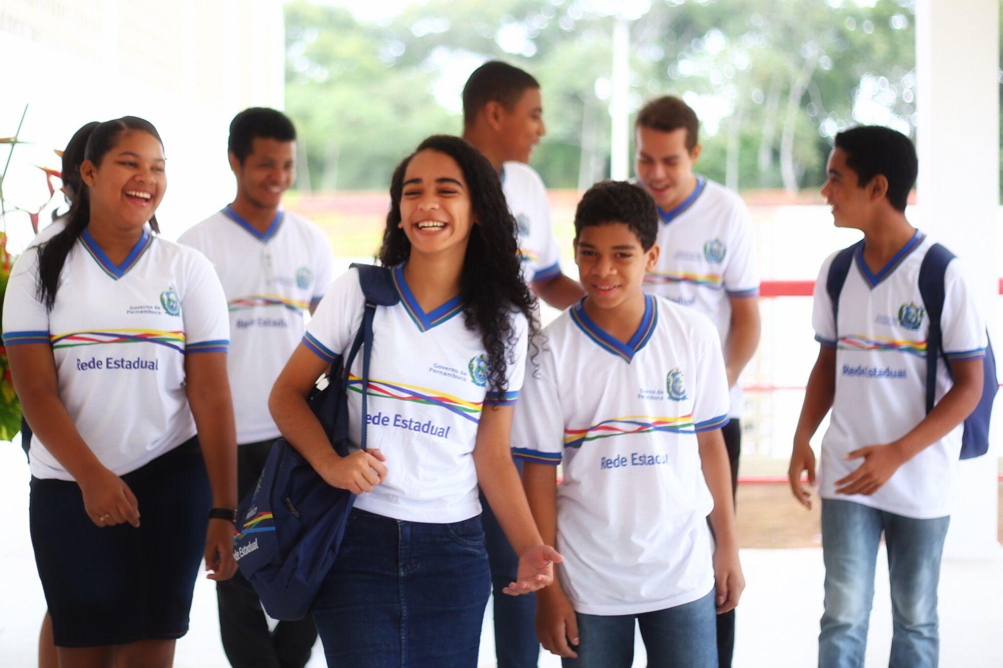 A unidade será a terceira da Mata Norte, fortalecendo o ensino profissional em 17 municípios da região  PAUDALHO - O governador Paulo Câmara entregou, na manhã desta quarta-feira (24.02), a 30° un...