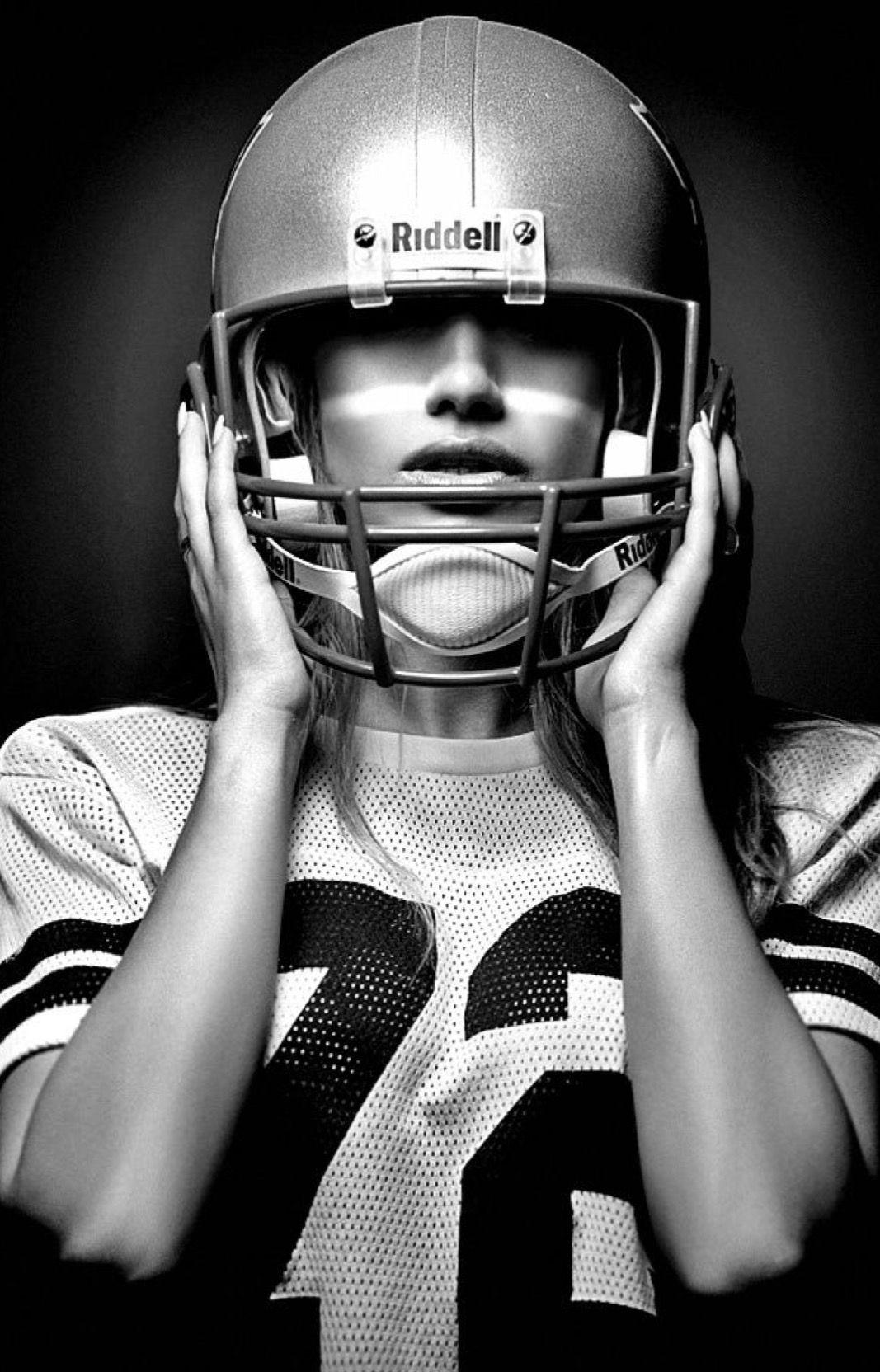 pingl par emma dumond sur illustration football americain femme football et femme. Black Bedroom Furniture Sets. Home Design Ideas