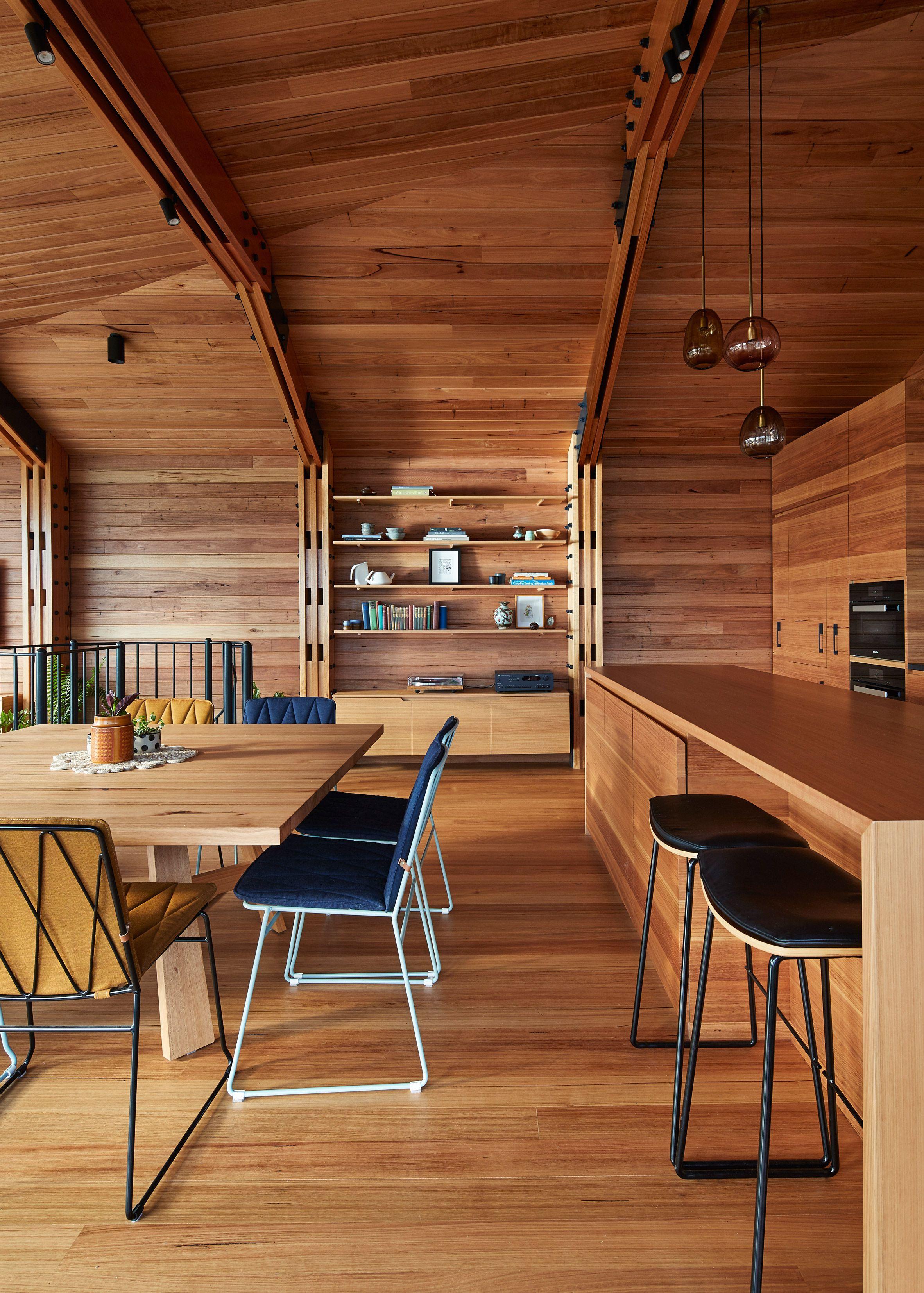 Glasshouse on stilts by Austin Maynard Architects extends Australian ...