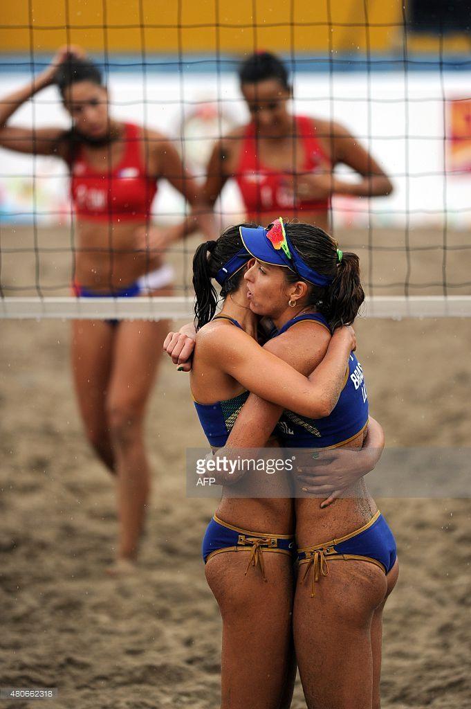Brazilian Players Carolina Horta And Liliane Maestrini Celebrate Beach Volleyball American Games Volleyball