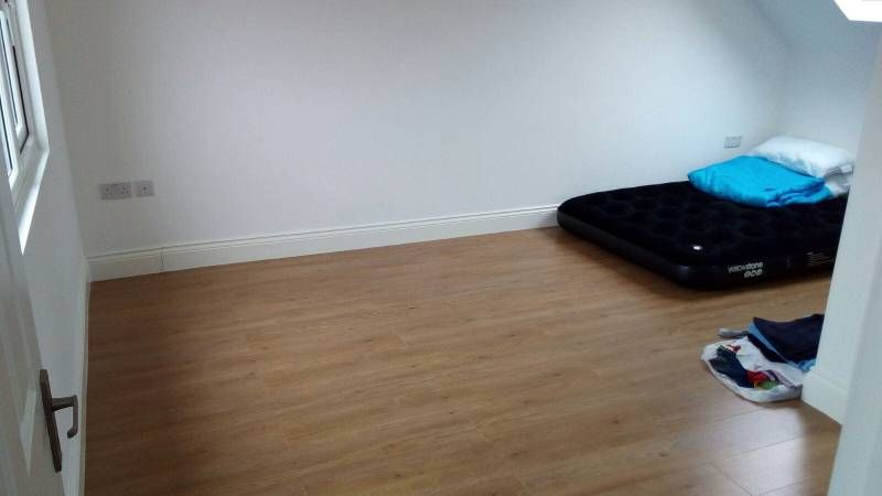 High Barnet 575 Pcm Hi We A Have A Double Room With En Suite Available From The 20th Of December It Comes Unfurnished There S Appartement