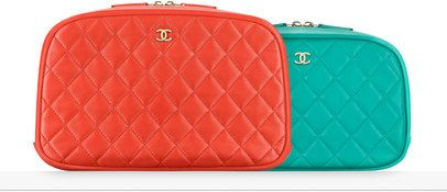Pouch, lambskin & gold metal-red - CHANEL